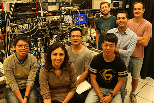 Professor Jarrahi receives the Popular Mechanics Breakthrough Award for Terahertz Research