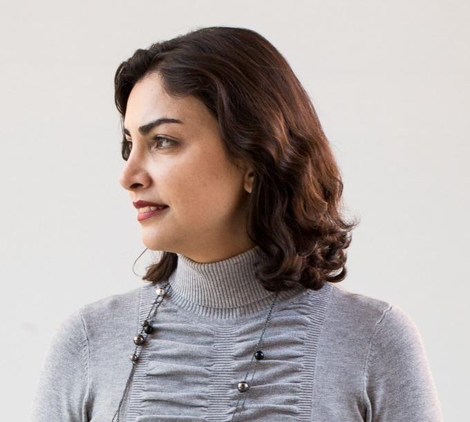 Mona Jarrahi Headshot