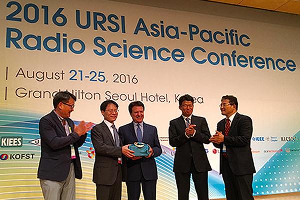 Distinguished Professor Yahya Rahmat-Samii was the General Lecture Speaker at the 2016 URSI AP-RASC, Seoul Korea