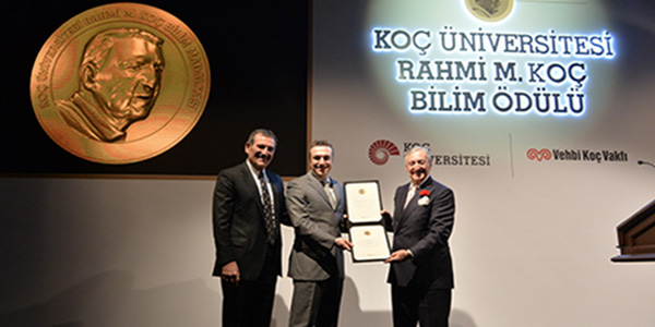 Professor Aydoğan Özcan has been granted the Koç University Rahmi M. Koç Medal of Science